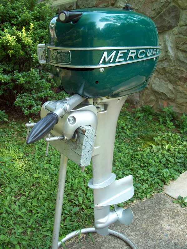 Vintage Outboard Motors Virtual Museum